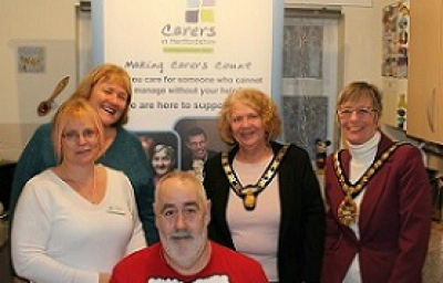 Delivery driver's sponsored beard shave for Carers in Hertfordshire picture